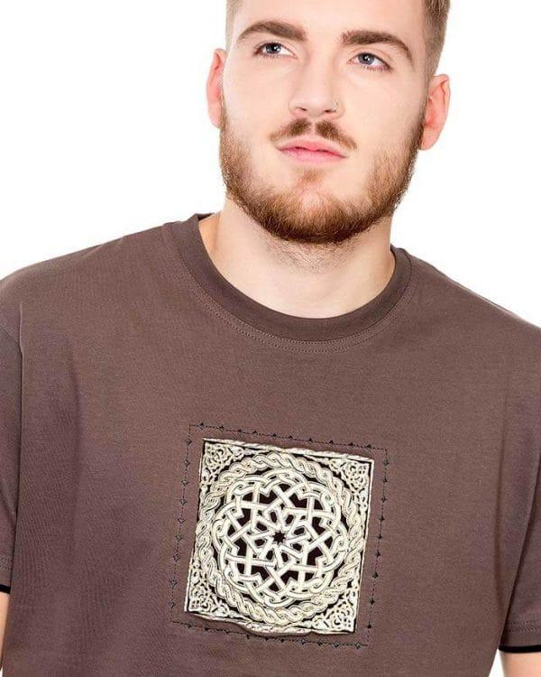 benegassi camiseta hombre etnica entrelazado roto 2