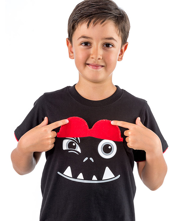 camiseta manga corta negra infantil interactiva gafas guino divertida GAFANEN3